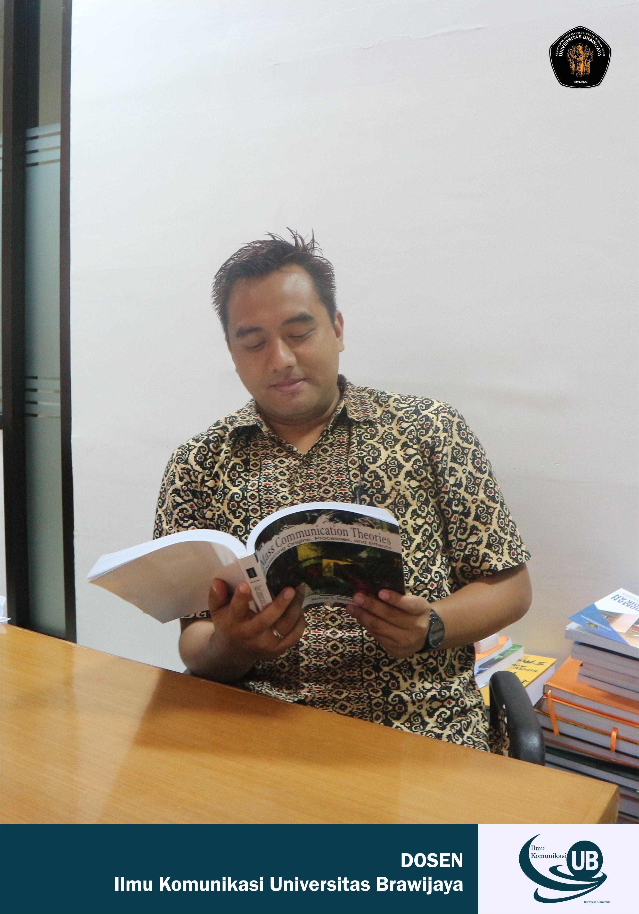 Arif Budi Prasetya, S.I.Kom, M.I.Kom